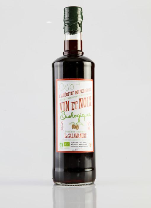 Vin noix bio